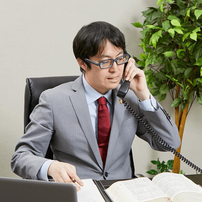 弁護士 沖田 翼